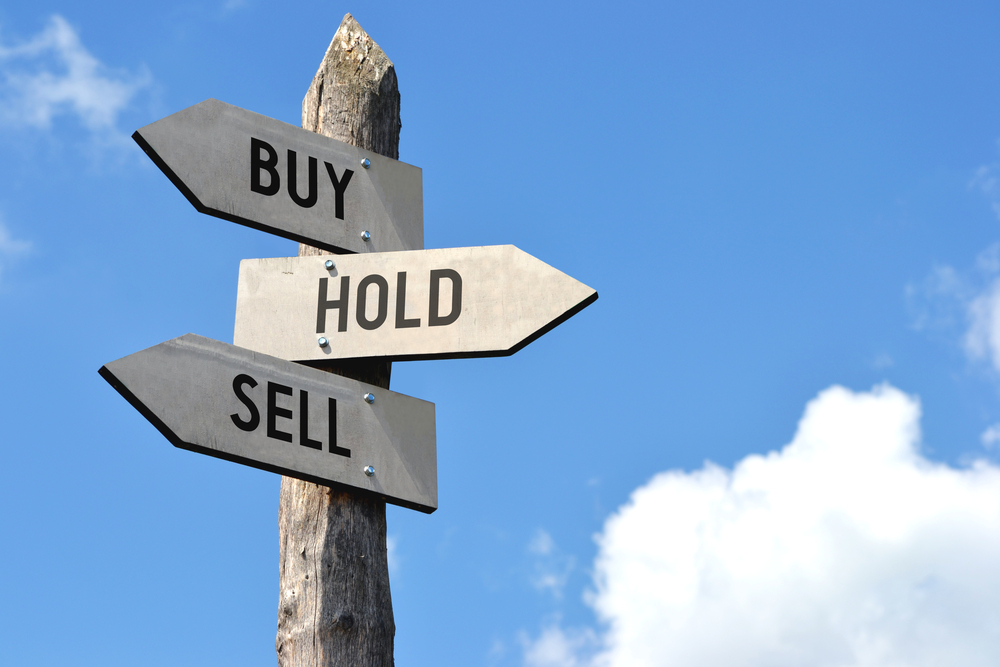 When To Sell An Option (4 Things To Consider)
